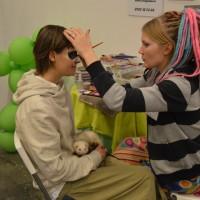 Therese, iller och ansiktsmålning